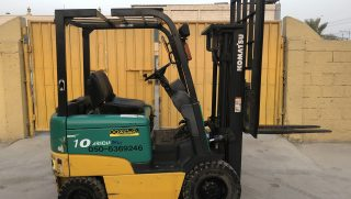 USED 1 TON ELECTRIC FORKLIFT