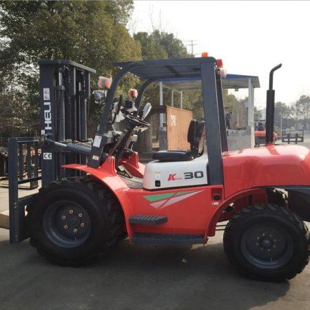 Heli Rought Terrain Forklift in Dubai