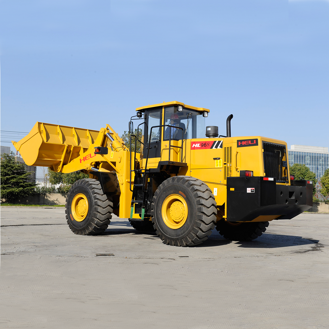 Heli Wheel Loader HL968 6 Ton in Dubai
