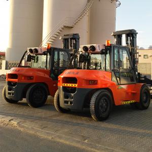 Heli Forklifts Rental in Dubai